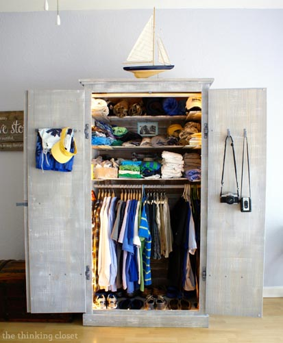 20---The-Thinking-Closet---Ikea-Wardrobe-hack-with-Pallet-Shelves